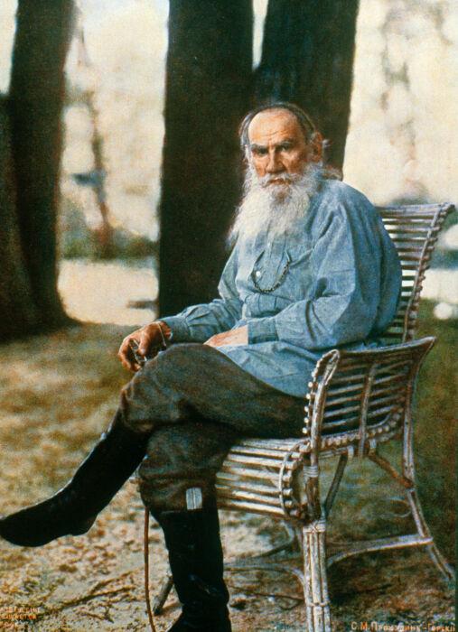 Единственное цветное фото Л.Н. Толстого. 1908 на Ясной Поляне (автор Прокудин-Горский)
