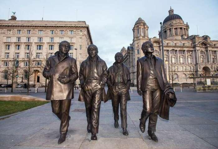 В Ливерпуле установили самый известный памятник, посвященный группе «The Beatles»
