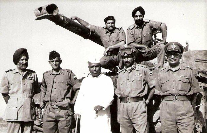 Третья индо-пакистанская война — вооружённый конфликт между Индией и Пакистаном, который произошел в декабре 1971 года