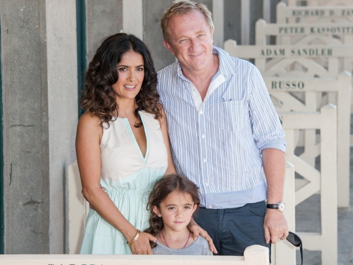 Сальма Хайек и Франсуа-Анри Пино с дочерью