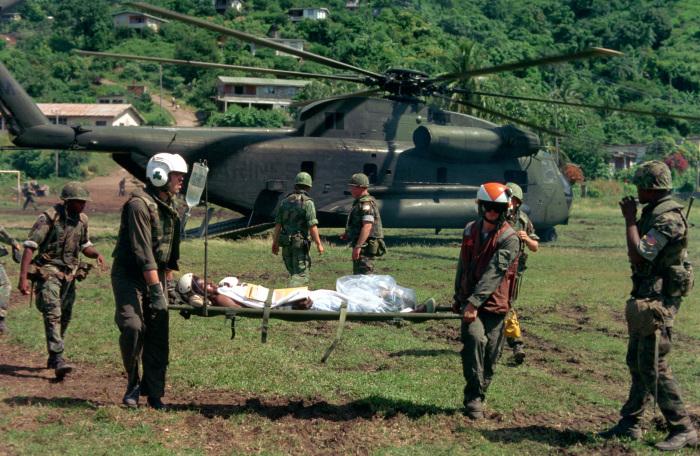 Операция вооружённых сил США по вторжению на Гренаду в 1983 году была для защиты американских граждан и восстановления стабильности в стране