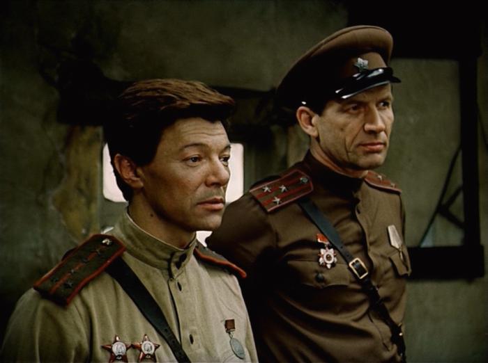 Фильм «Батальоны просят огня» (реж. Александр Боголюбов, Владимир Чеботарев)