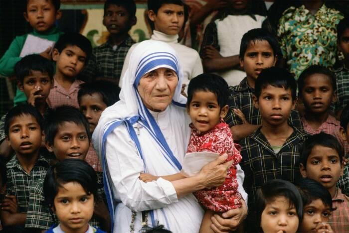 Дети всегда любили, когда монахиня к ним приезжала