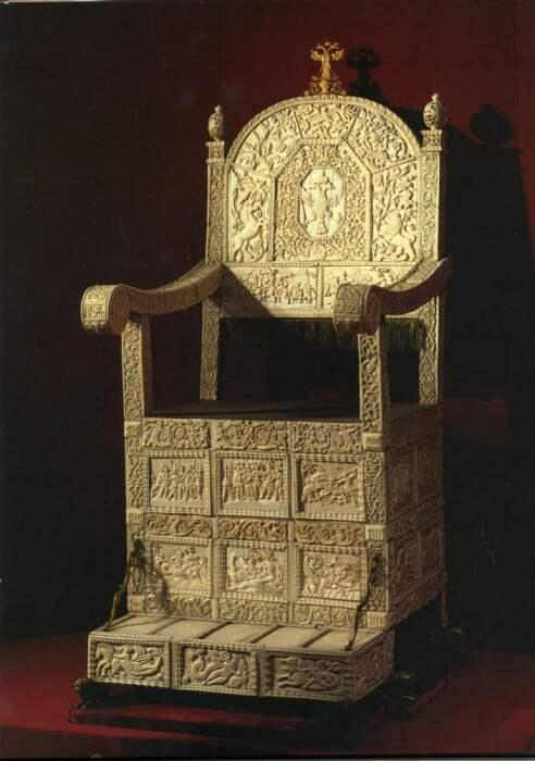 Костяной трон Ивана Грозного