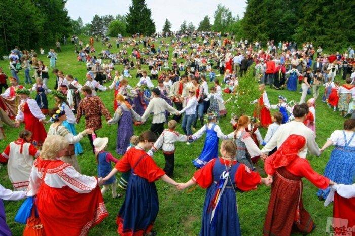 Гуляния на Руси достаточно сильно отличались от европейских развлечений