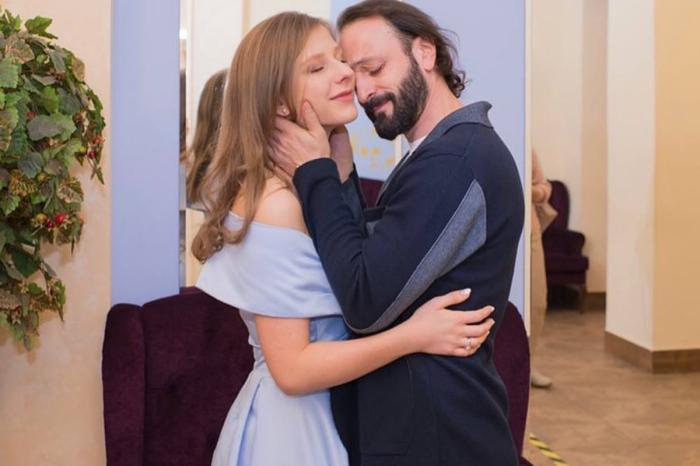 Регистрация брака Ильи и Лизы прошла скромно и душевно