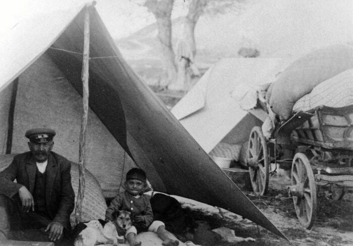 Цыганский табор в Польше, около 1930 г. Фотография Александра Мачеши. / Фото: https://vk.com