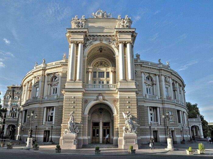 Новый театр Оперы и балета