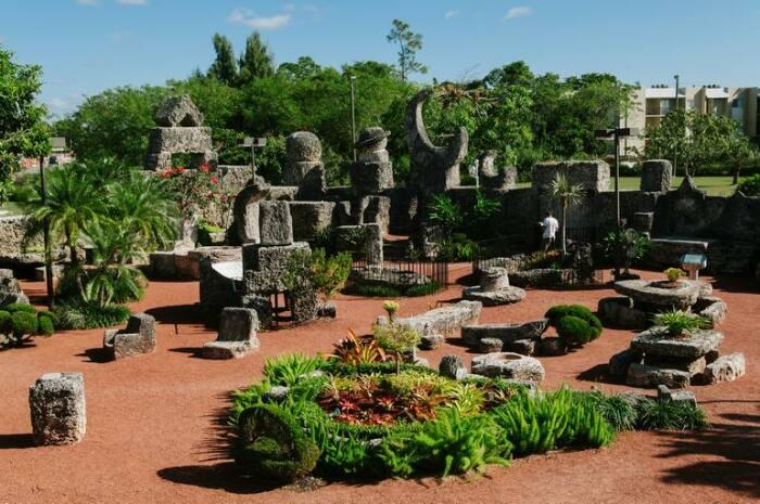 Чем привлекателен Коралловый замок для туристов. / Фото: terra-z.com