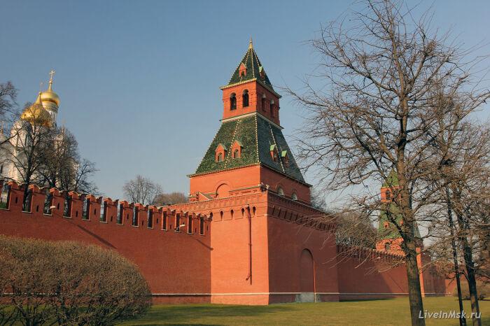 Тайницкая башня Московского Кремля / Фото: liveinmsk.ru