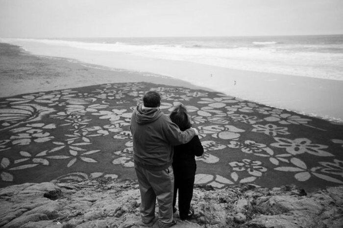 Узоры на песке от Андреса Амадора / Фото: www.big-big.ru