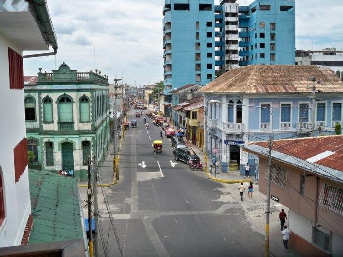 Достопримечательности расположенного в джунглях Амазонки города Икитос. / Фото: s9.travelask.ru