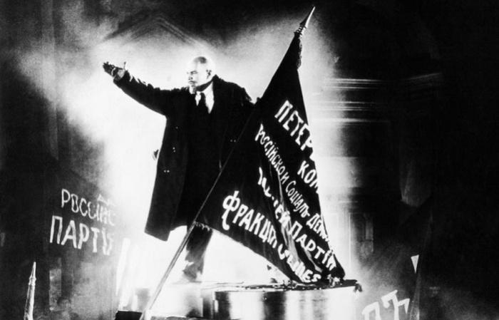 Василий Никандров в роли Ленина в «Октябре» / Фото: pinterest.ch