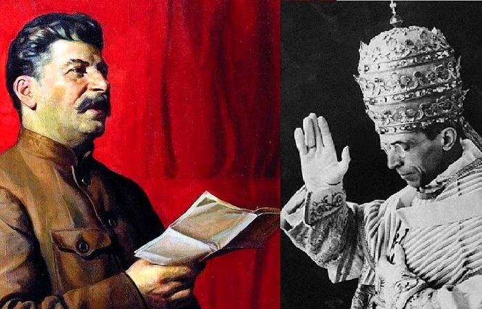 Сталин и Пий XII / Фото: courant.com