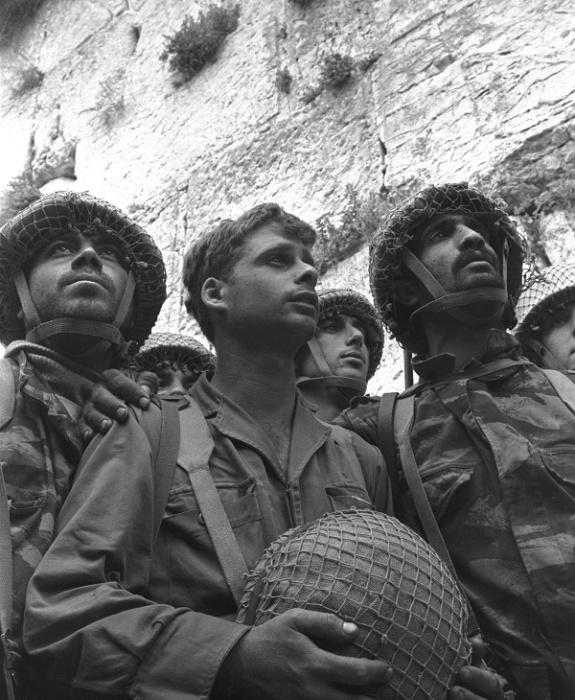 Израильские солдаты на Синайском полуострове, начало 1960-х годов / Источник: wikipedia.org