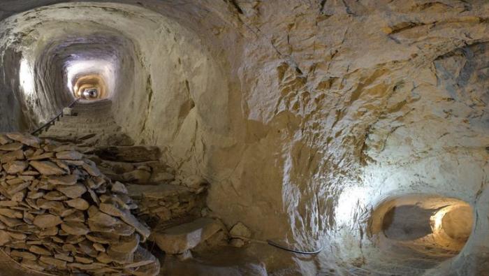 Колодец Тик-Кую представляет собой древнюю подземную гидротехническую систему. / Фото:skolesnikov72.livejournal.com