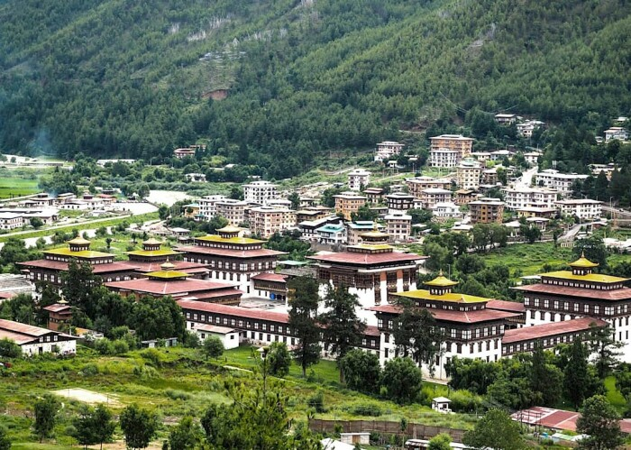 Тхимпху, столица королевства Бутан / Фото: airesingegneria.it