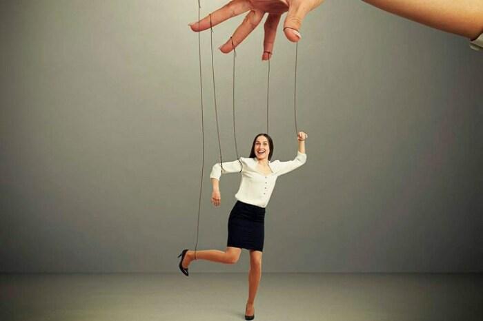 Планы членов Бильдербергского клуба могут отобрать свободу выбора у людей. / Фото: юцентр.рф