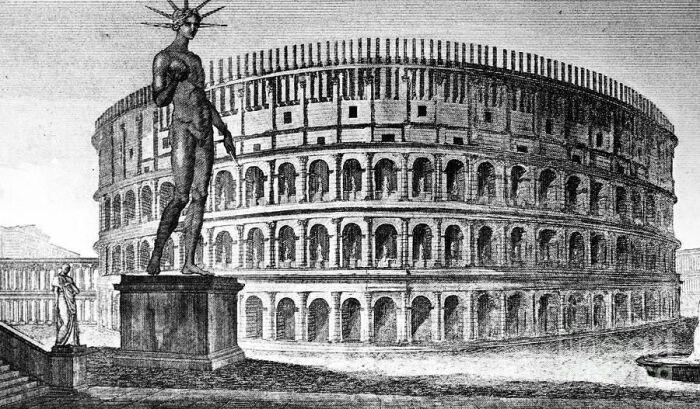 Статуя императора Нерона у стен Колизея / Фото: pinterest.com