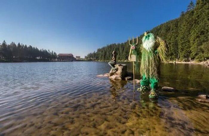 Легенды озера Муммельзее. /Фото: threadbaresupply.com