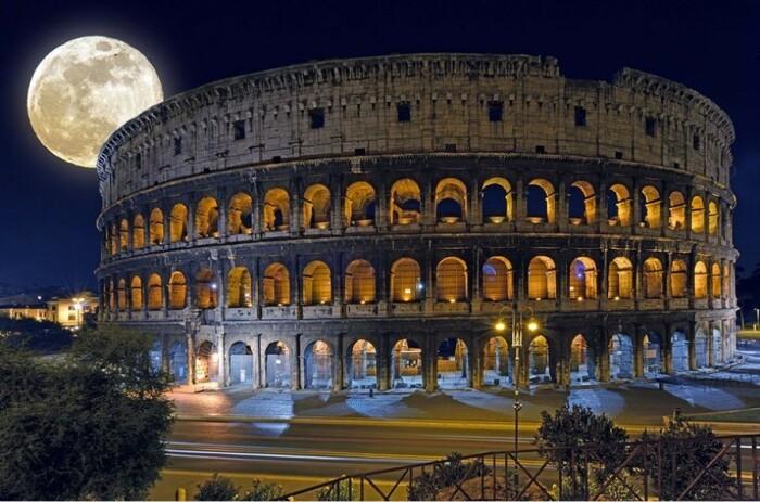 Колизей - один из самых известных памятников архитектуры в мире / Фото: veditour.com.ua