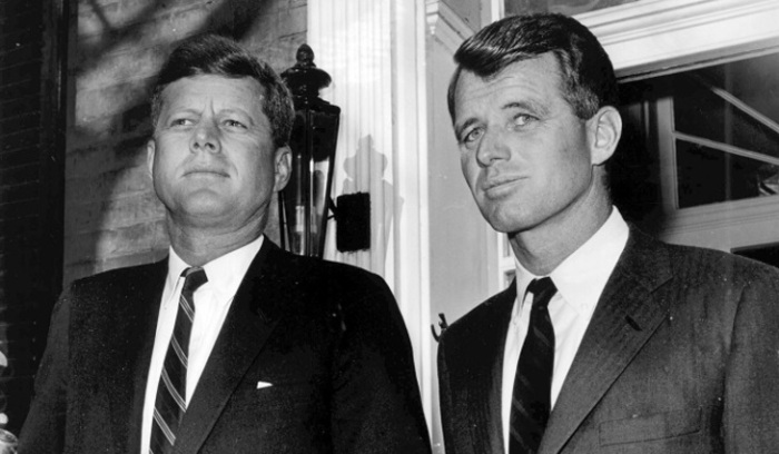 Джон и Роберт Кеннеди. / Фото: mirnov.ru