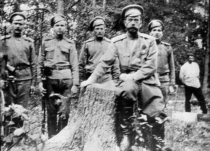Николай II после отречения от престола. 1917 год / Фото: smithsonianmag.com