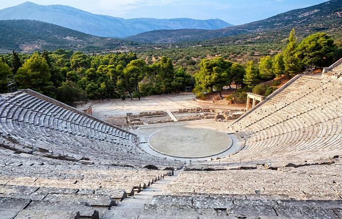 Древнегреческий амфитеатр / Фото: greekboston.com