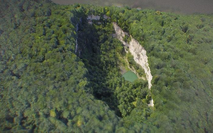 Сухое озеро является самым труднодоступным среди Голубых озер / Источник: sketchfab.com