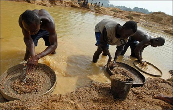 Юг Африки - один из мировых лидеров по добыче алмазов / Фото: lubikamni.ru