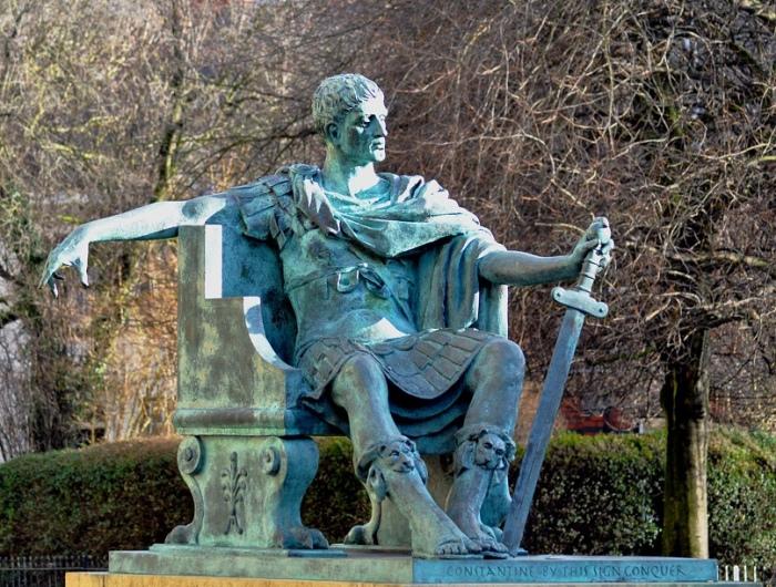Интересные факты из жизни римского императора Константина. / Фото: sun9-3.userapi.com