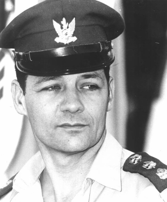 Ифтах Спектор – израильский бригадный генерал, в прошлом один из пилотов, вовлечённых в инцидент с USS Liberty / Фото: news.bbc.co.uk