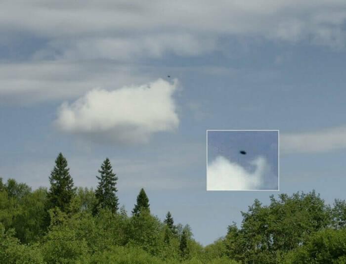 НЛО в небе над Молёбкой / Фото: www.miroworld.ru