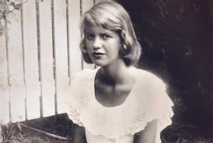 Сильвия с детства страдала депрессией / Фото: www.wothappen.com