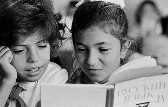 С 1960-х годов количество русских школ в республиках начало увеличиваться / Фото: pinterest.com