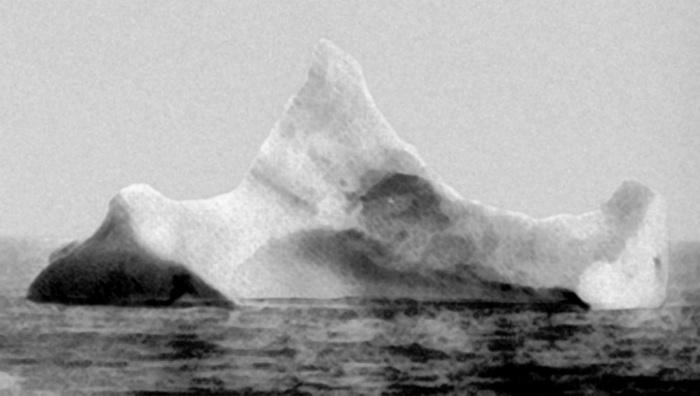 Айсберг, который потопил «Титаник» / Фото: ru.m.wikipedia.org