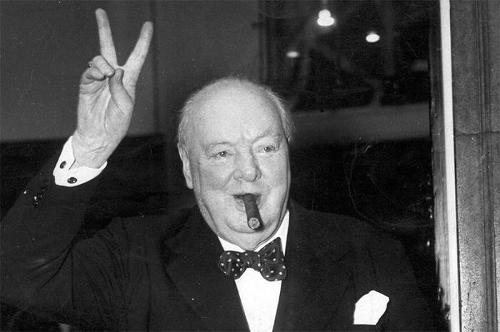 Уинстон Черчилль / Фото: eat-drink-sleep.com
