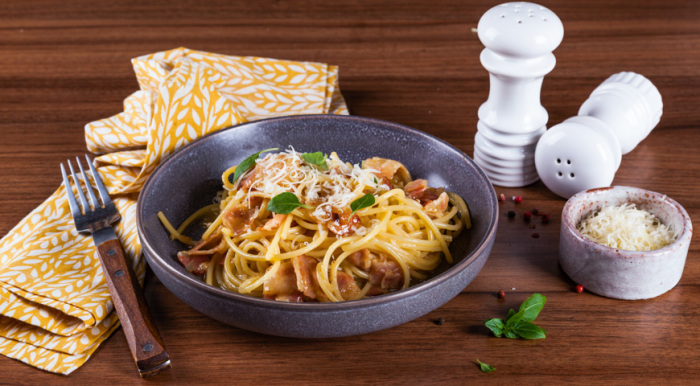 Паста карбонара – классика итальянской кухни / Фото: www.gastronom.ru