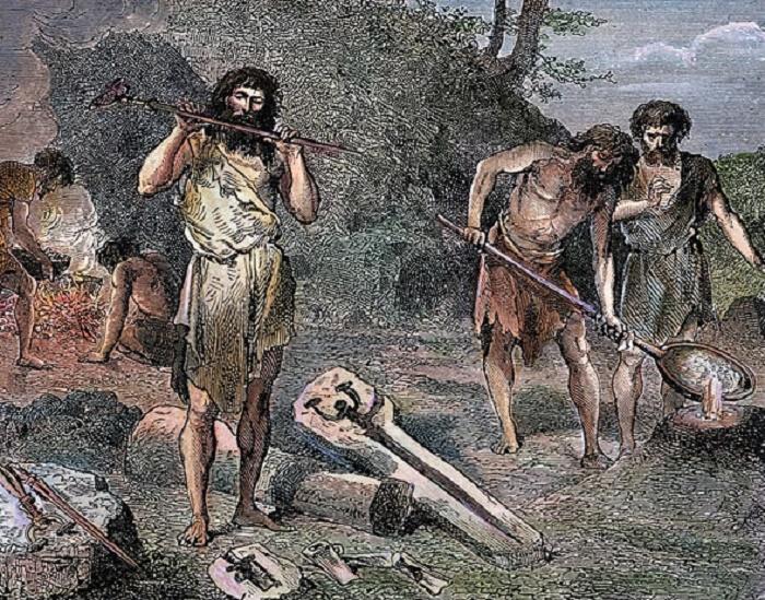 В бронзовом веке литье металла стало вытеснять ковку / Фото: abroadintheyard.com
