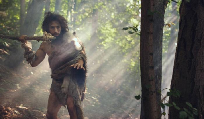 Первобытные люди научились использовать метательное оружие примерно 40-45 тыс. лет назад / Источник: ru.depositphotos.com