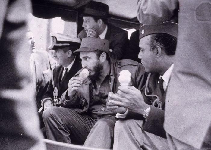 Больше всего на свете Фидель Кастро любил мороженое / Источник: twitter.com