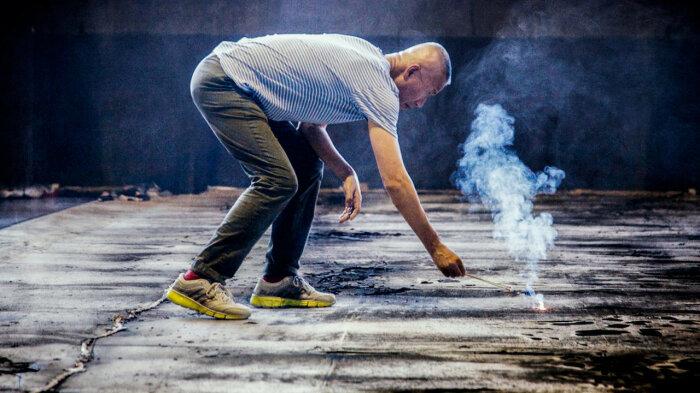 Кадр из фильма о творчестве Цая Гоцяна, 2016 год / Фото: netflix.com