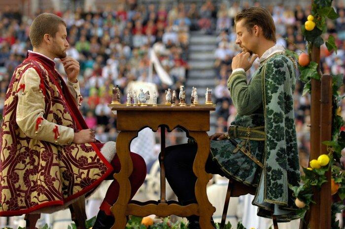 Фестиваль «живых» шахмат в Италии в сентябре / Фото: www.travel.ru