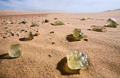 самое чистое стекло в мире ливийское. / Фото: moya-planeta.ru