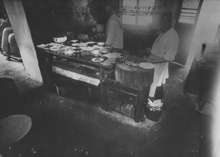 Кухня в доме китайских мигрантов «Миллионки» Владивостока, 1927 год / Фото: wilsoncenter.org