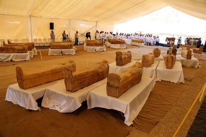 Египтологи проводят предварительное изучение мумий из Луксора. Египет, 2019 год / Фото: hromadske.ua