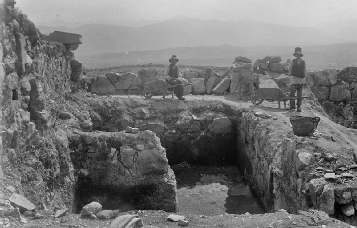 Раскопки гробницы фараона в Иераконполе /Источник: hurghadalovers.com