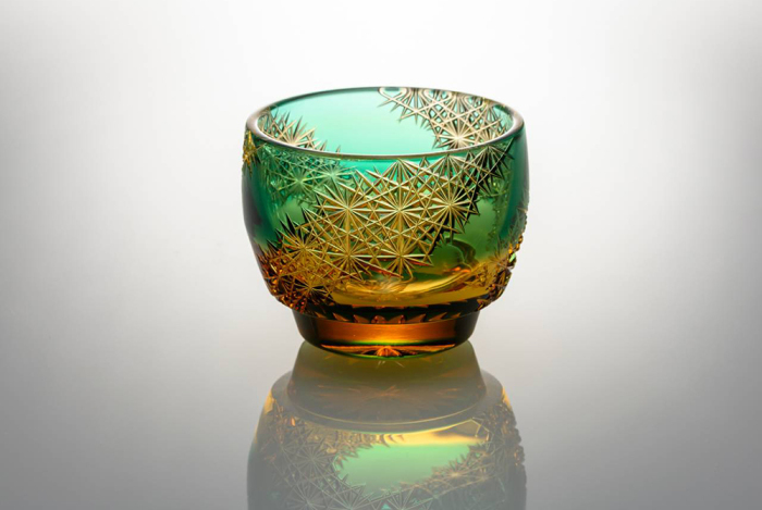 Разноцветное стекло в стиле кирико / Фото: japantimes.co.jp