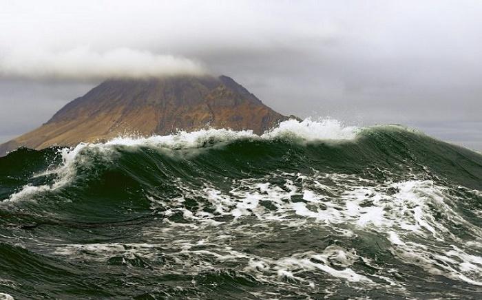 На остров Парамушир обрушились волны высотой в 10 метров / Фото: ednews.net