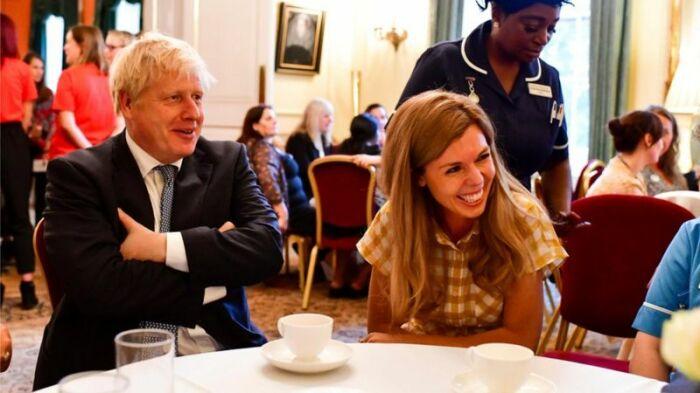 Кэрри Саймондс и Борис Джонсон. / Фото: Reuters